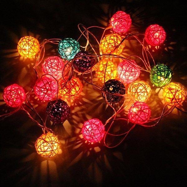 Ljusslinga med bollar - Ljusbollar med LED-ljus