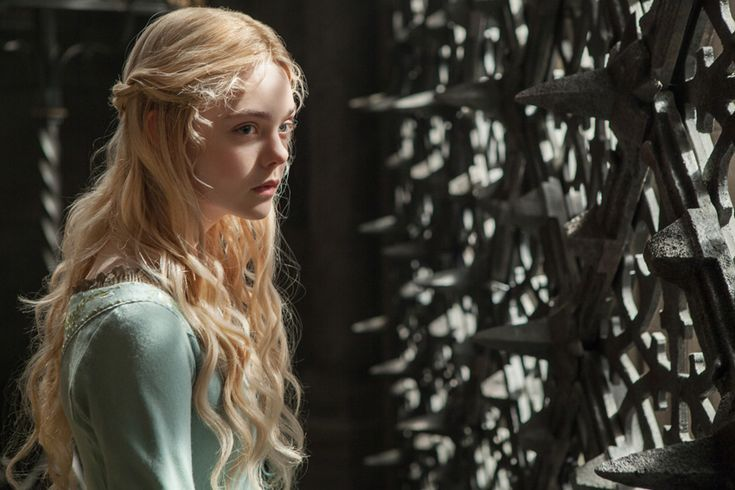 Elle Fanning on Playing Princess Aurora in Maleficent
