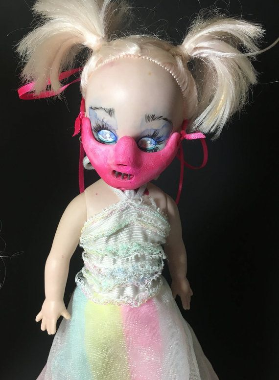 hannibal masker voor levende dode poppen horror roze