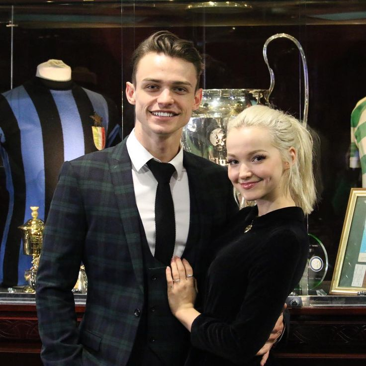 """8,497 Likes, 126 Comments - Celtic FC (@celticfc) on Instagram: """" Welcome to Celtic Park, #Descendants2 stars Thomas Doherty and Dove Cameron! ⚔️…"""""""