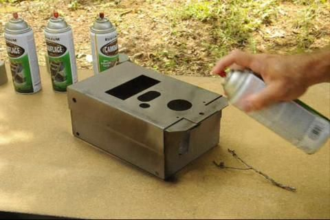 How to camoflage things with spray paint (Joe's Outdoor Office video)