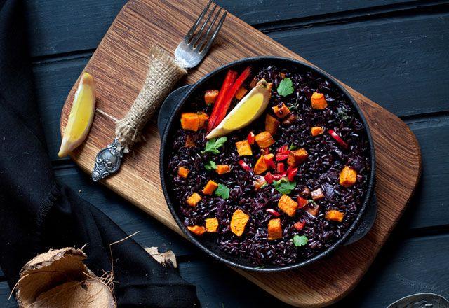 Siyah pirincin faydaları ve Siyah pirinç pilavi tarifi