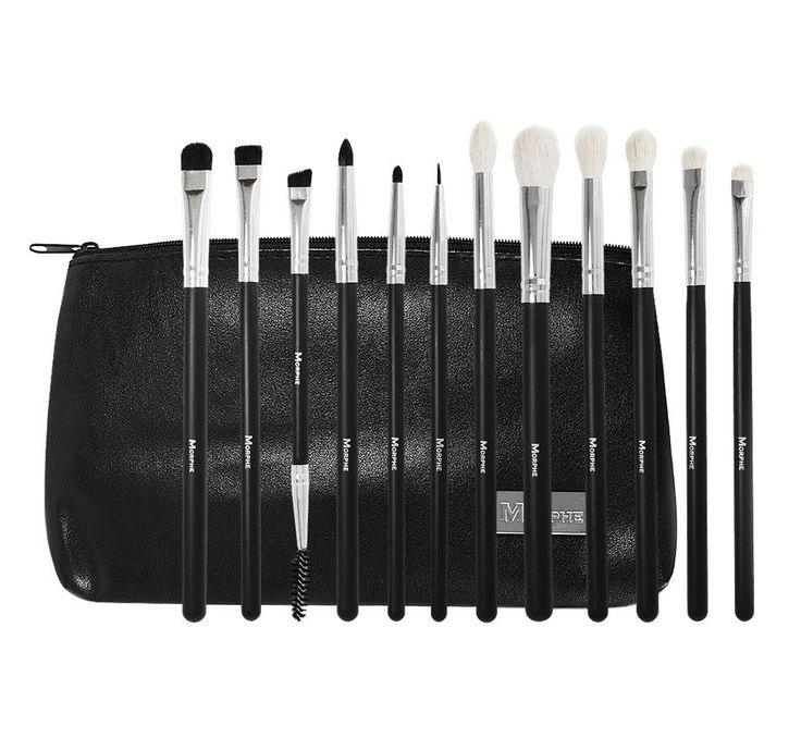 It's all about the eyes with this 12-piece eye makeup brush set. This collection contains the essential brushes to line, shade, buff, blend, and smoke out the e