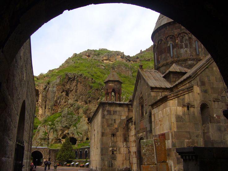 Туры в Гегард - Монастырь Гегард Туры в Гегард. Kомпания Armenian-Tourism предлагает, Туры в Армению в Гегард. Туры на 1 день. Тур является однодневным, и в течение всего дня мы вам гарантируем полную информацию о истории Гегарда  Тел+7(965)088-77-55, Тел+374(55)21-11-25.http://armenian-tourism.ru/tury-v-armeniyu-gegard.php