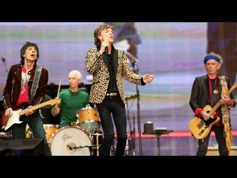 The Rolling Stones Live at Hyde Park | HOME WEET WORLD  |  During our England-Scotland trip, our family had the opportunity to watch this show together. What an amazing experience to share with our kids!