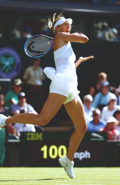 cosmicvoices:  Wimbledon R1: Maria Sharapova d. Johanna Konta 6-2 6-2