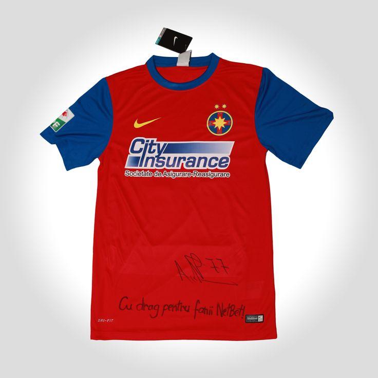 Castiga un tricou original cu Steaua la aceasta promotie!