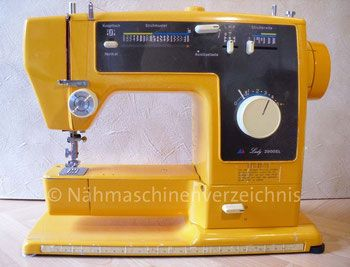 Sanwa Lady 2000SL, Typ SZA-232F, Programmautomatik, 20 Programme, Freiarm-Koffer-Nähmaschine, mit Einbaumotor, Hersteller: Sanwa Sewing Machine Co. Ltd., Osaka, Japan, Vertrieb in Deutschland: Otto Versandhandelsunternehmen Hamburg (Bilder: I. Naumann)