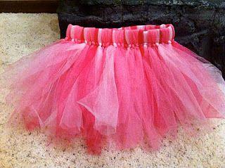 DIY tutu: Tutu Skirts, Tulle Tutu, Diy Valentines Day, Handmade Tulle, Tulle Skirts, Diy Valentine'S Day, Diy Tulle, Make A Tutu, Diy Tutu