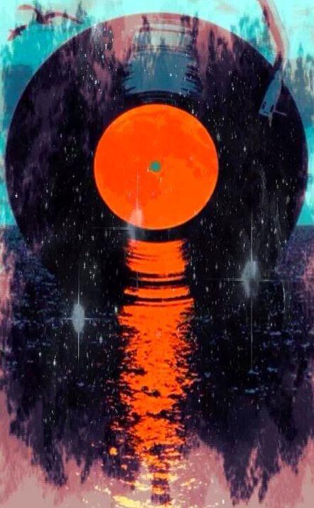 Recordset or Recordrise? #djculture #recors #vinyl http://www.pinterest.com/TheHitman14/dj-culture-vinyl-fantasy/