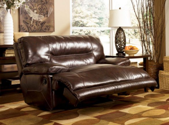 Living Room Oversized Recliner Pillowtop Lounger Chair Home Theater Seating NEW Ashley Traditional