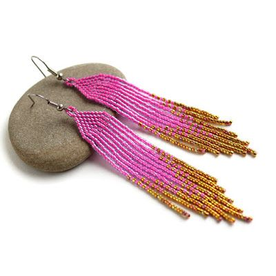 Украшения из бисера от Anabel: Длинные розовые серьги из бисера. Стильные вечерни...