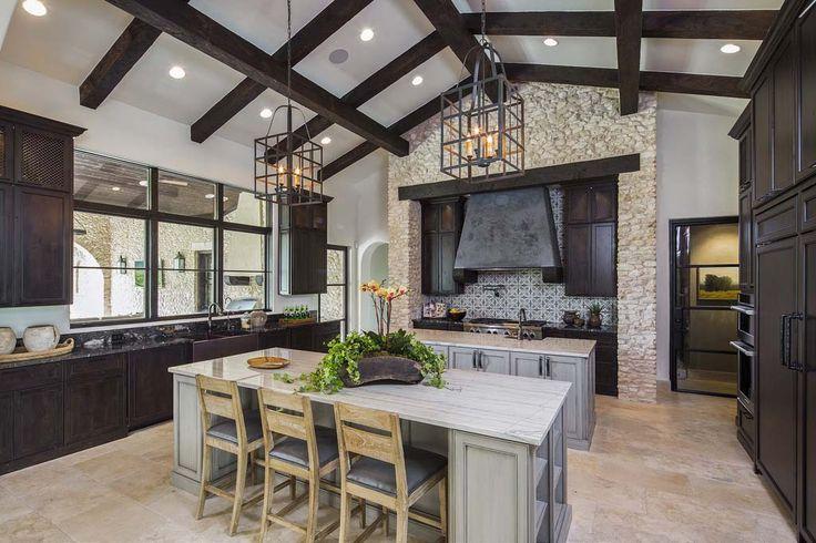 Absolutely breathtaking rustic Mediterranean style villa in Texas