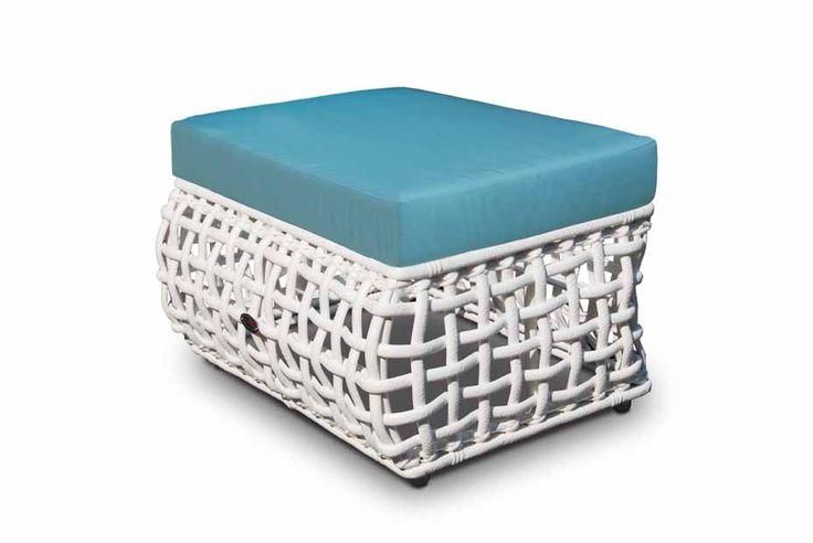 Метки: Кресло для отдыха, Кресло пластиковое для дачи, Пластиковые стулья для дачи, Плетеные кресла для дачи, Садовые кресла из ротанга.              Материал: Ткань, Пластик.              Бренд: Skyline design.              Стили: Прованс и кантри.              Цвета: Белый, Черный.