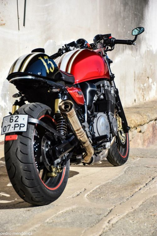Suzuki GSX1200 Cafe Racer by Pedro Mendoça Vale CafeCustom #motorcycles #caferacer #motos | caferacerpasion.com