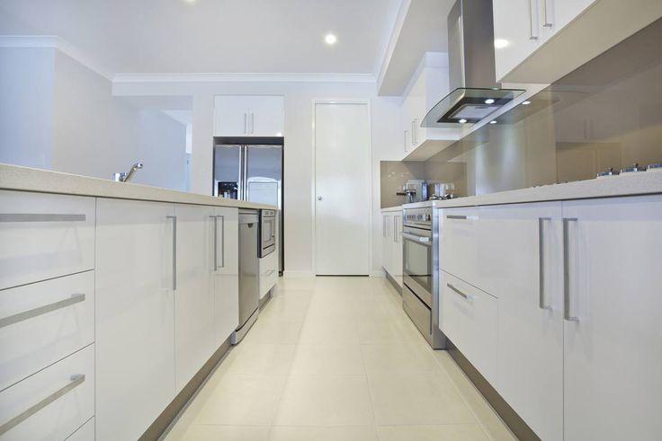 www.kitchen-offers.com. White Gloss Kitchen