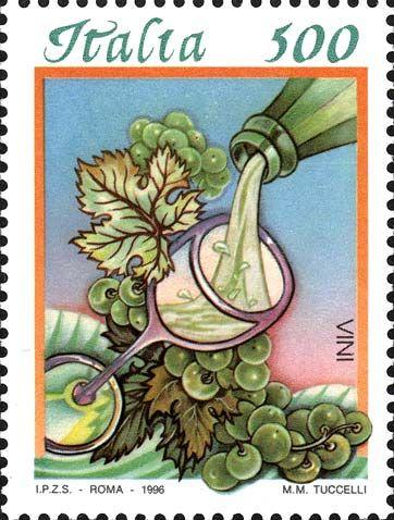 """1996 - """"Cibi italiani"""": Vino bianco -  bottiglia che versa del vino bianco in un calice; sullo sfondo, colline coltivate a vigneti e, in primo piano, un grappolo d'uva."""
