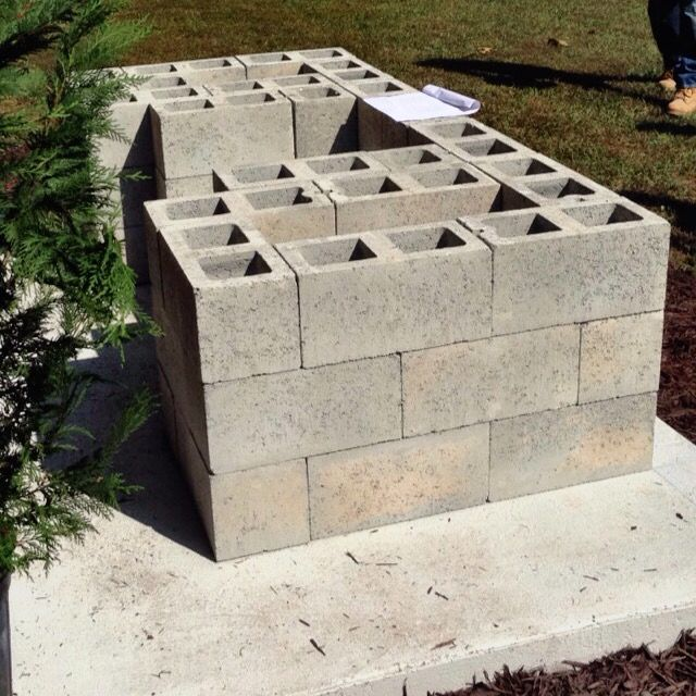 How To Build An Outdoor Bar With Concrete Block And Quikwall