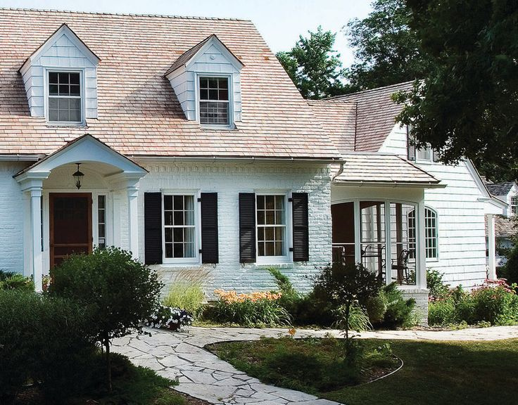 Traditional exterior by anna berglin design home sweet for Cape cod house exterior design