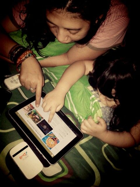 Nge Downlod time with #Andin ponakanku cinta...