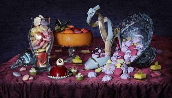 Рекламная кампания Christian Louboutin \ Fashion  Фотограф Питер Липпман (Peter Lippmann) превратил рекламу Christian Louboutin осень-зима 2009/10 в произведение искусства. Принты выполнены в стиле классических натюрмортов эпохи Возрождения.