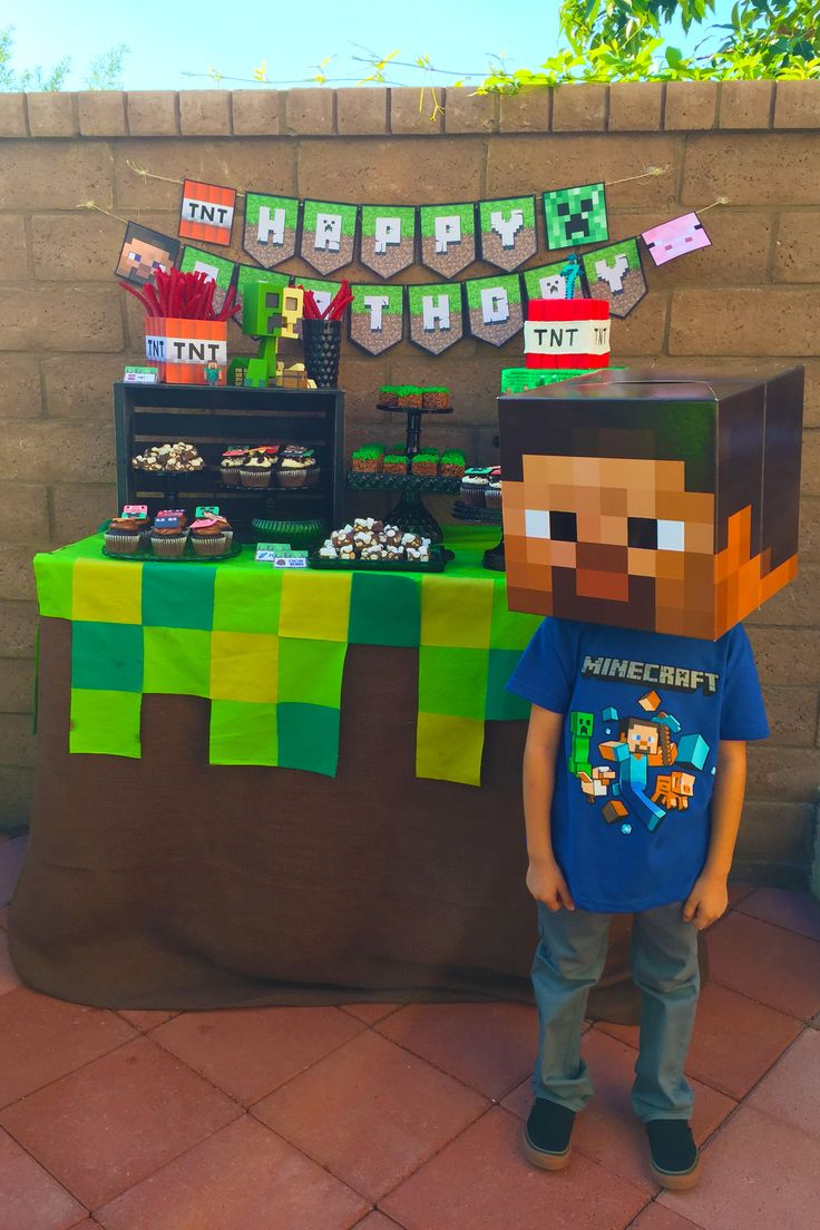 Minecraft Dessert Table                                                                                                                                                     Más