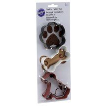 Walmart: Wilton Pet 3-Piece Cookie Cutter Set for paws