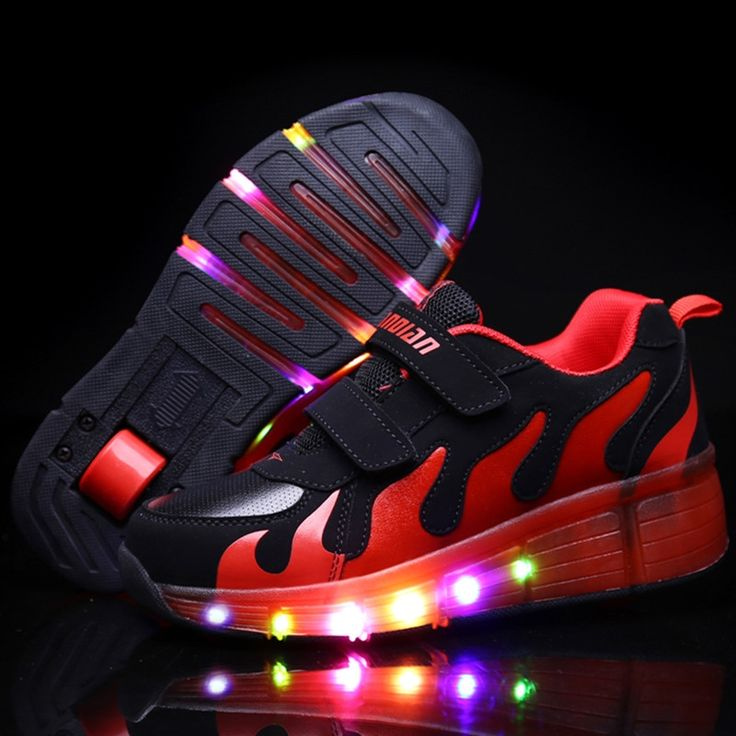 29.90$  Watch here - http://ali1w1.shopchina.info/go.php?t=32787507843 - New Popular LED Light Up Roller Skate Shoes Kids Boys Girls Sport Glowing Sneakers with Wheels tenis de rodinha 29.90$ #magazine