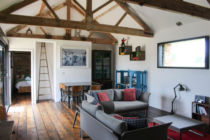 Based on a working farm in Norfolk, these barns have been transformed from brick, flint and pantile agricultural buildings into a series of light, spacious holiday homes under the direction of the renowned architect Carl Turner. Property The barn interiors make use of reclaimed materials including floorboards, fencing, museum and school furniture, steel beams and […]