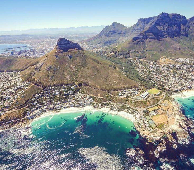 Absolutes MUST DO in Südafrika: Hubschrauber Rundflug über Kapstadt Wir waren gegen Endeunserer 3-wöchigen Südafrika Rundreise in Kapstadt und der Hubschrauber Rundflug über Kapstadtmit NAC Helicopters Cape Town war ein krönender Abschluss unserer Kapstadt Tour. Und
