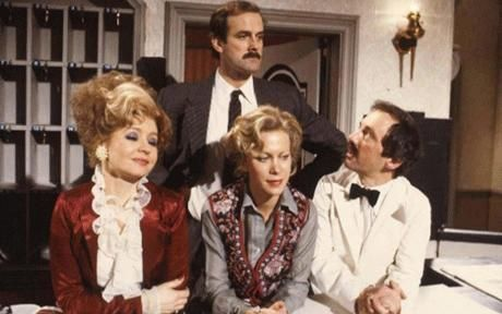 """Prunella Scales, John Cleese and real life wife Connie Booth, and Andrew Sachs cast from -""""Fawlty Towers"""" (TV Series 1975–1979)"""