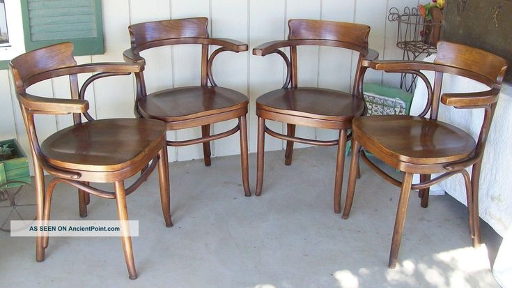vintage thonet kohn mundus bentwood chairs 1922 matched set of 4