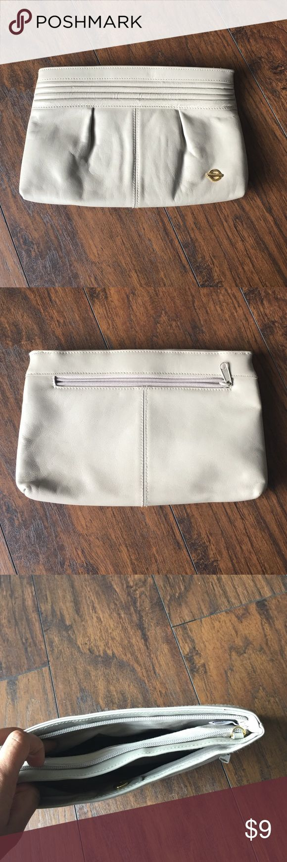 """Vintage Taupe Clutch 👛 Cute vintage clutch with loads of storage inside and out! Minimal signs of wear EUC... 11""""L 7 3/4""""H thanks for looking 🤓 unknown Bags Clutches & Wristlets"""