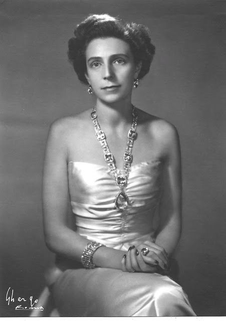 Royalty & Pomp: Infanta Beatriz of Spain Princess di Civitella-Cesi