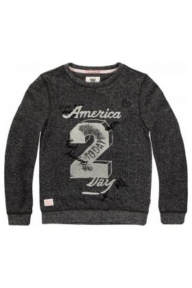 Sweater Syl | America Today