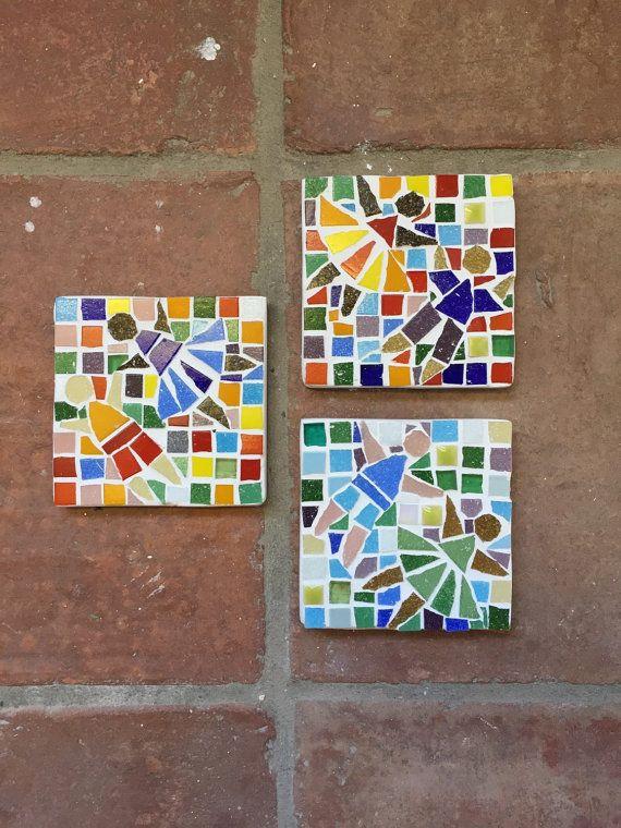 Mosaico de jardín de niños bailando