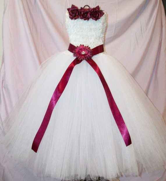 Beautiful Handmade Flower Girl Dress. Fits 4 year olds up to 9 year olds. $65