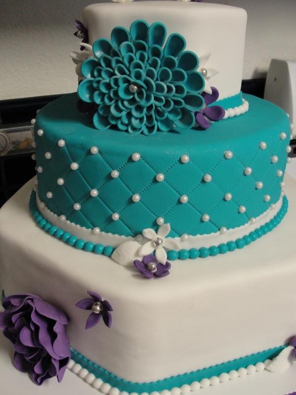 @Ailenne Espinosa Espinosa Teal Flower Cake