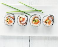 Smoked salmon & avocado sushi