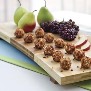 One-Bite Appetizers - Gorgonzola, Goat & Feta Cheese Truffles (3 types) These sound amazing! Perfect for a wine and cheese party :)