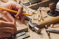 Очень интересно может выглядеть со стороны процесс ремонта или перетяжки мебели. Взято с сайта http://mebel-capital.ru/