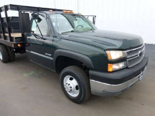 2005 Chevrolet Silverado 3500,4X4, 12'L Flatbed / Stakebed http://equipmentready.com/details/2005_other_chevrolet_silverado+3500-5530276
