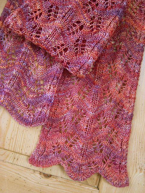 Haruha scarf by Mari Muinonen / tikru | malabrigo Sock in Archangel
