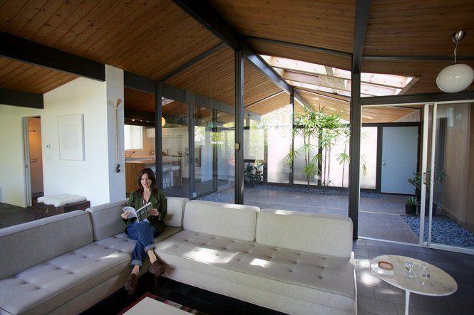 Portland modern home tour robert rummer southwest for Modern home decor portland