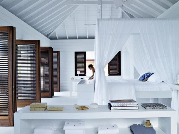 my scandinavian home: Beautiful cool white home in St Barths