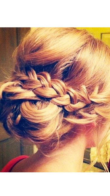 Getting ready for prom? Check out our top 12 prom styles for long hair   Hair & Beauty   Closer Online