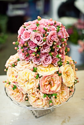 Don't like cake? How about one made with flowers by www.cedarwoodweddings.com