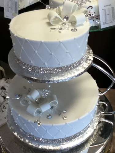 gold bling for wedding cakes 848 best cakes bling gold silver images on 14746