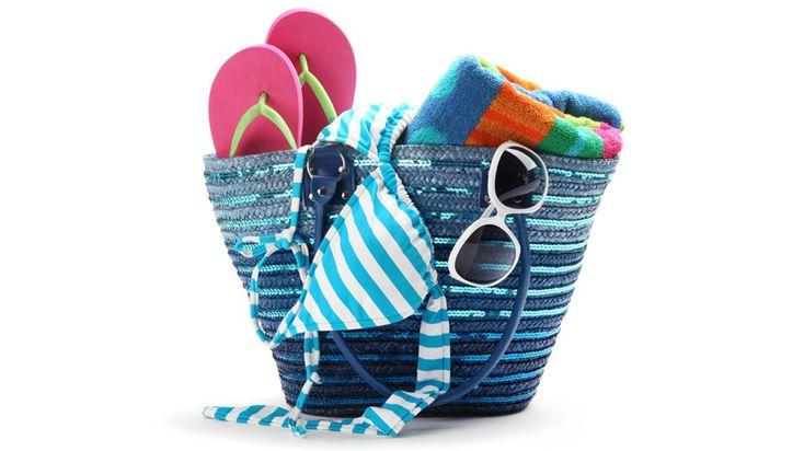 #organização Vai curtir o verão no litoral? Veja um checklist do que devemos levar na bolsa de praia: http://bbel.me/1xtMlTH.