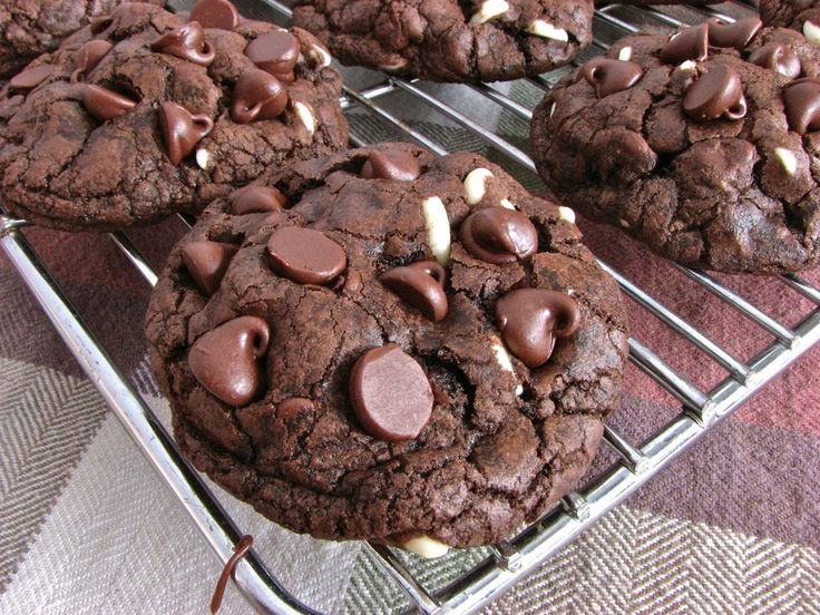 Death By Chocolate Chip Cookies, the most chocolatey double chocolate chip cookie ever